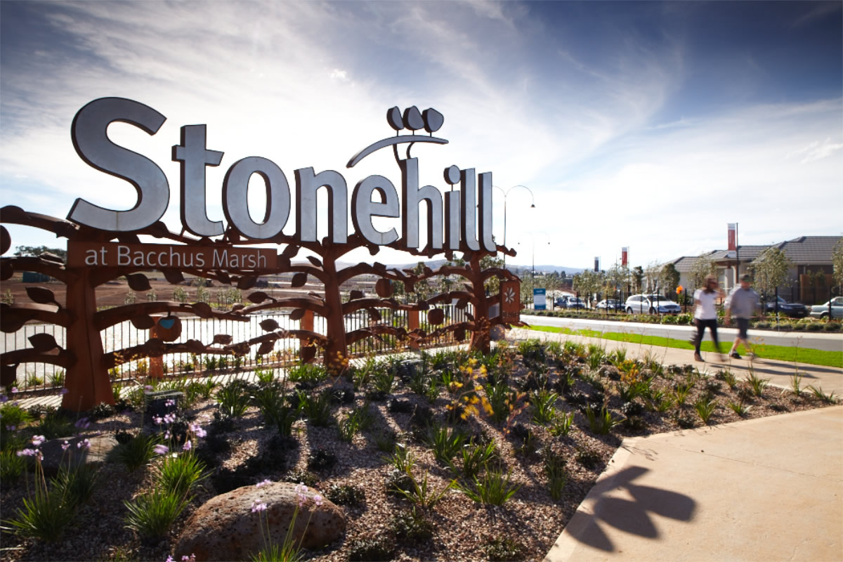 Stonehill Estate - Cover